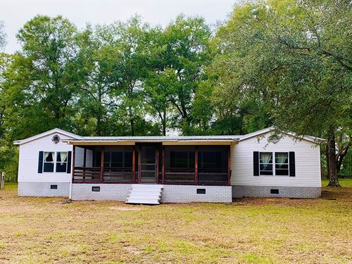 3Br/2Ba 10 Acres Wellborn, Florida : Wellborn : Suwannee County : Florida