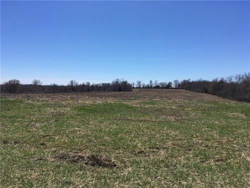 Land Adjoining Mozingo Lake : Maryville : Nodaway County : Missouri