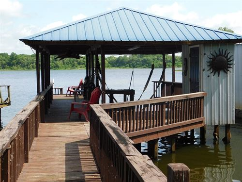 Move In Ready At Lake Palestine : Frankston : Henderson County : Texas