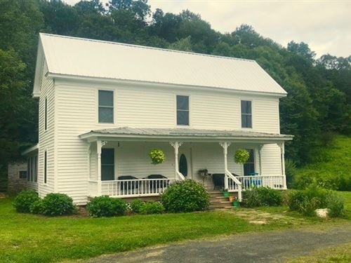 Remodeled Farm House River : Copper Hill : Floyd County : Virginia