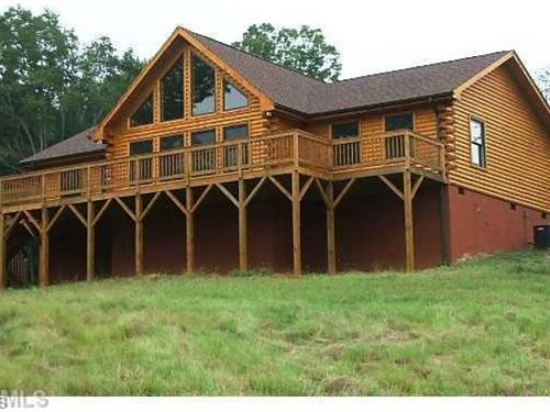Cedar Log Cabin Retreat Hanging : Danbury : Stokes County : North Carolina