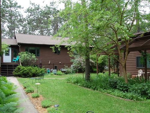 Lake Home For Sale in Waupaca, WI : Waupaca : Wisconsin