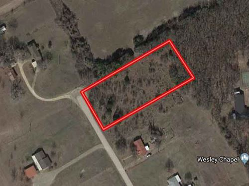 Quiet Unrestricted 1.37 Acres : Waco : McLennan County : Texas