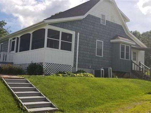 For Sale 1.5 Story Farmhouse on 43 : Cabool : Texas County : Missouri