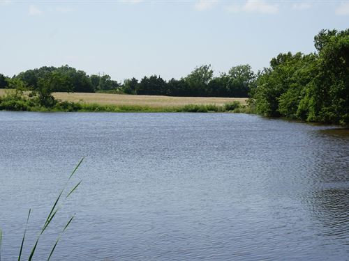 Land / Farm / Fishing Acreage : Prague : Lincoln County : Oklahoma
