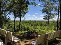 Stunning Views And Managed Woods : Lake City : Missaukee County : Michigan