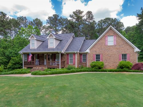 Private 4 Sided Brick Ranch On 10 : Monroe : Walton County : Georgia