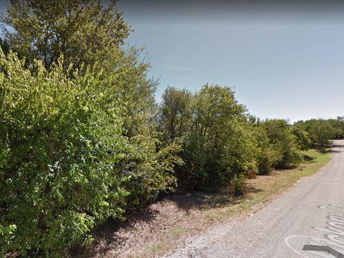 .25 Acres In Pottsboro, Tx : Pottsboro : Grayson County : Texas