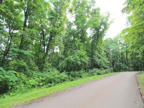 Lakeview Drive, .8 Acres : Nashport : Muskingum County : Ohio