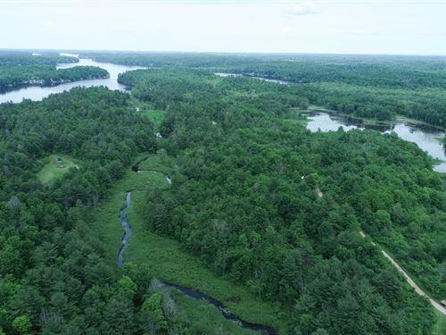 Incredible Black Lake Estate : Hammond : Saint Lawrence County : New York