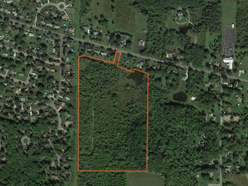 Great Location Building Site : Orchard Park : Erie County : New York