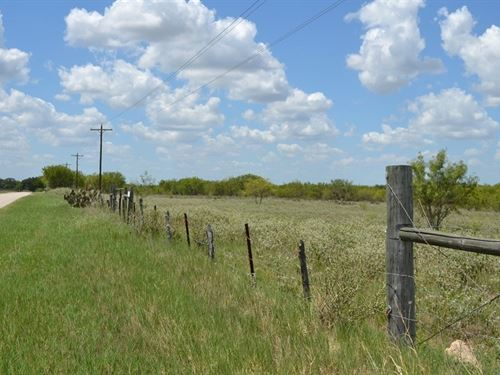 25+ Acres Your Cattle & Horses : Poteet : Atascosa County : Texas