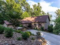 Cherokee Lake View Home : Mooresburg : Hawkins County : Tennessee