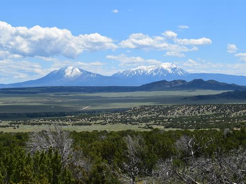 Colorado Ranch Bordering Blm Lands : Walsenburg : Huerfano County : Colorado