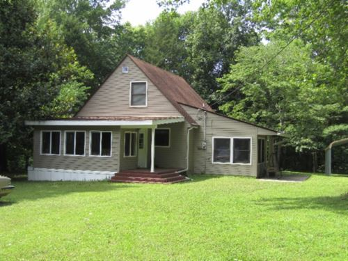 25 Acres, Home, Barn, Creek : Whitleyville : Jackson County : Tennessee