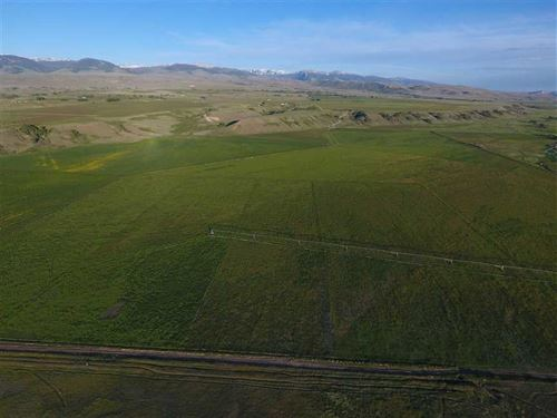 Stunning 320-Acre Ranch Located in : Crowheart : Fremont County : Wyoming