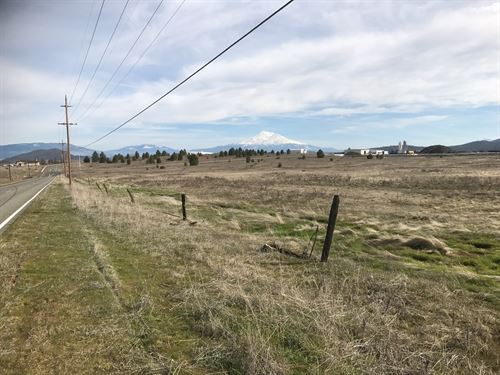 Commercial Property For Sale : Yreka : Siskiyou County : California
