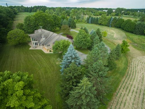 Custom Built Home On 25 Acres : Chelsea : Washtenaw County : Michigan