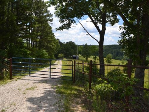 Hobby Farm For Sale In The Ozarks : Ava : Douglas County : Missouri
