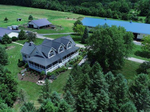 Picturesque Hilltop Horse Estate : Homer : Cortland County : New York