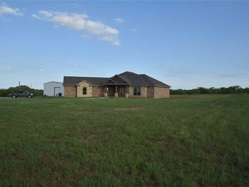 Stunning Beauty Abounds With This : Windthorst : Archer County : Texas