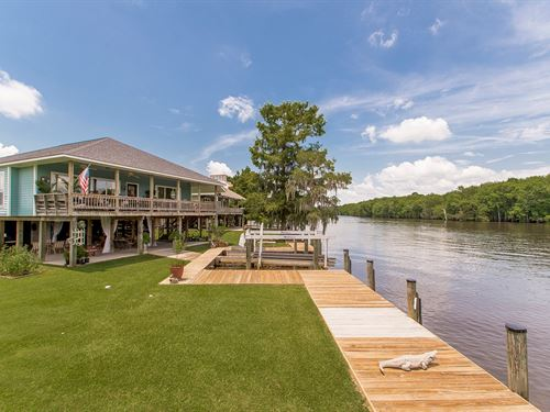 Waterfront Home Tickfaw River : Springfield : Livingston Parish : Louisiana