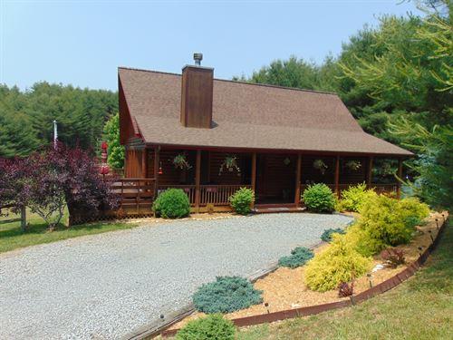 Beautiful Log Home Blue Ridge : Sparta : Alleghany County : North Carolina