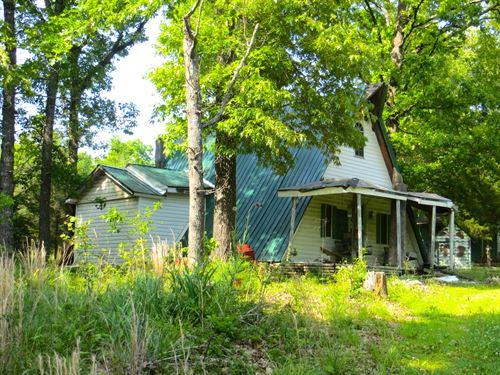 Hunting Acreage 2 Cabins : Thayer : Oregon County : Missouri