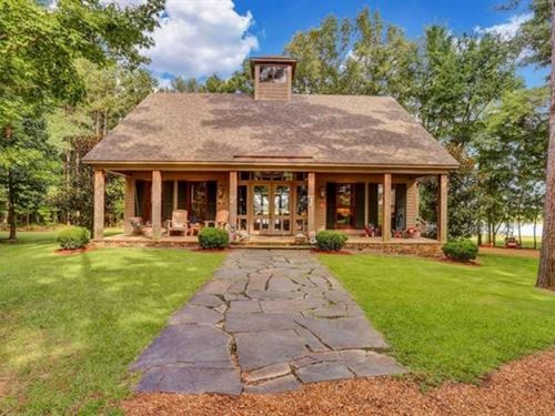 5.1 Acres With A Home In Madison CO : Madison : Mississippi