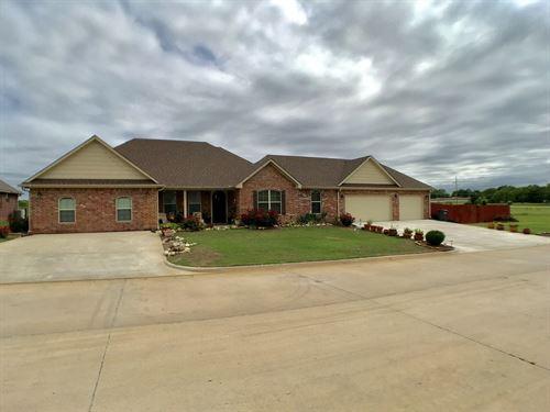 One Story 5 Bedroom Lake Murray : Ardmore : Carter County : Oklahoma