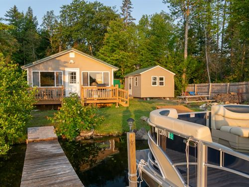 Lakefront Cottage Lincoln, Maine : Lincoln : Penobscot County : Maine