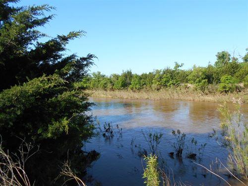 160 Acres M/L, Woods County : Alva : Woods County : Oklahoma