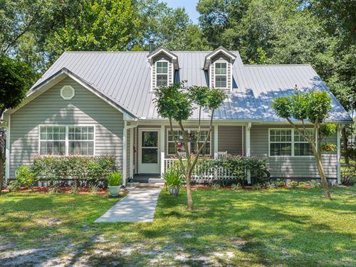 Immaculate Home : Live Oak : Suwannee County : Florida