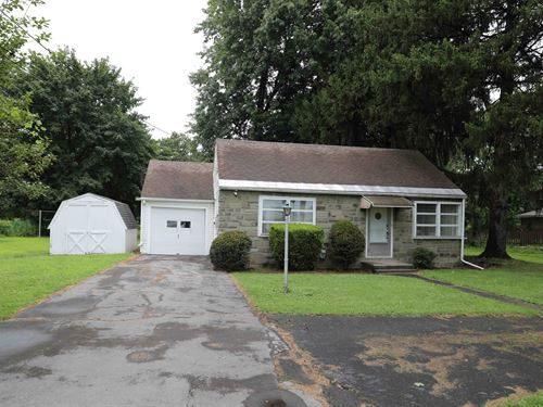 Commercial Site With Residence : East Syracuse : Onondaga County : New York