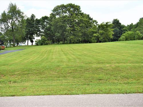 .610 Acres, Wellington Subdivision : Cave City : Barren County : Kentucky
