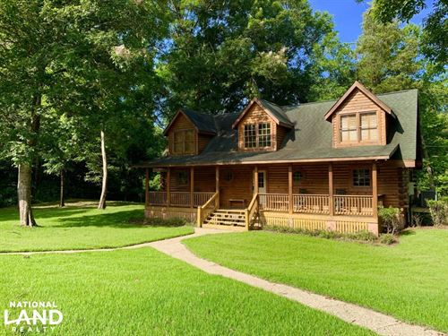 Chickasawhay River Hunting Lodge : Quitman : Clarke County : Mississippi