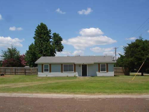 Country Home Property Powderly : Powderly : Lamar County : Texas