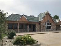 4,911+/- Sf Restaurant Building : Morton : Tazewell County : Illinois