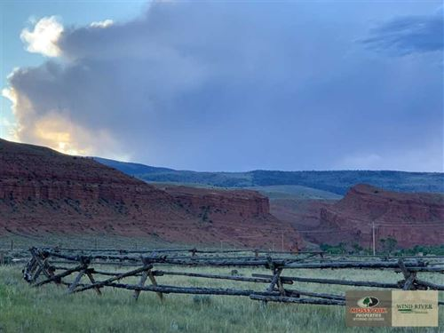 Horse Property in The Stunning Red : Dubois : Fremont County : Wyoming