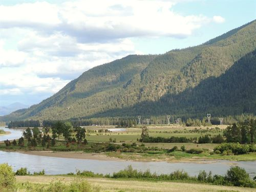 River Ranch With Log Home & Creek : Plains : Sanders County : Montana