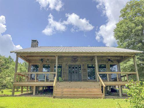 16 Acres 1035 Cr 3170 Lake Amanda : Colmesneil : Tyler County : Texas