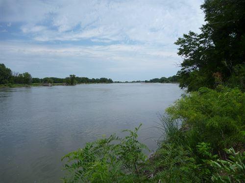 Platte River Lot Clarks, NE : Clarks : Merrick County : Nebraska
