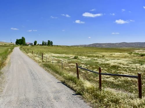 Roberts Road 40 Acre Country : Lander : Fremont County County : Wyoming