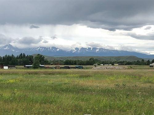 23 Twin Pond Drive : Big Timber : Sweet Grass County : Montana