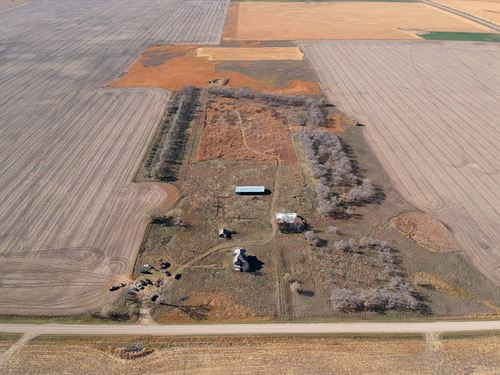 Cresbard, Sportsmen's Paradise : Cresbard : Faulk County : South Dakota