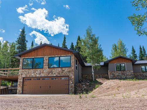 Bear Claw Retreat : Centennial : Albany County : Wyoming