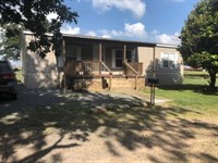 Beautiful Home in The Country : Clinton : Van Buren County : Arkansas