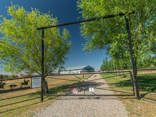 Brown Equestrian Ranch : Bayfield : La Plata County : Colorado