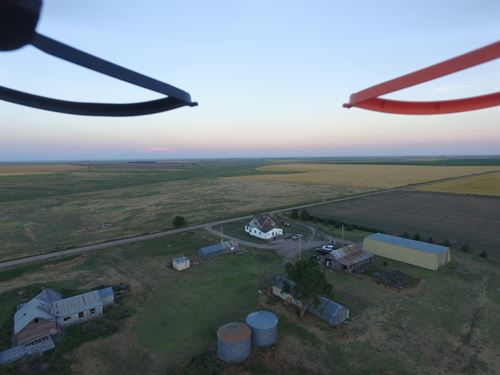Heavens Nest : Saint Francis : Cheyenne County : Kansas