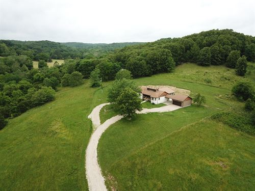 Beautiful Home With Views Missouri : Seymour : Webster County : Missouri